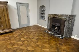 Parket laten leggen harde houten vloeren voor sfeer in huis